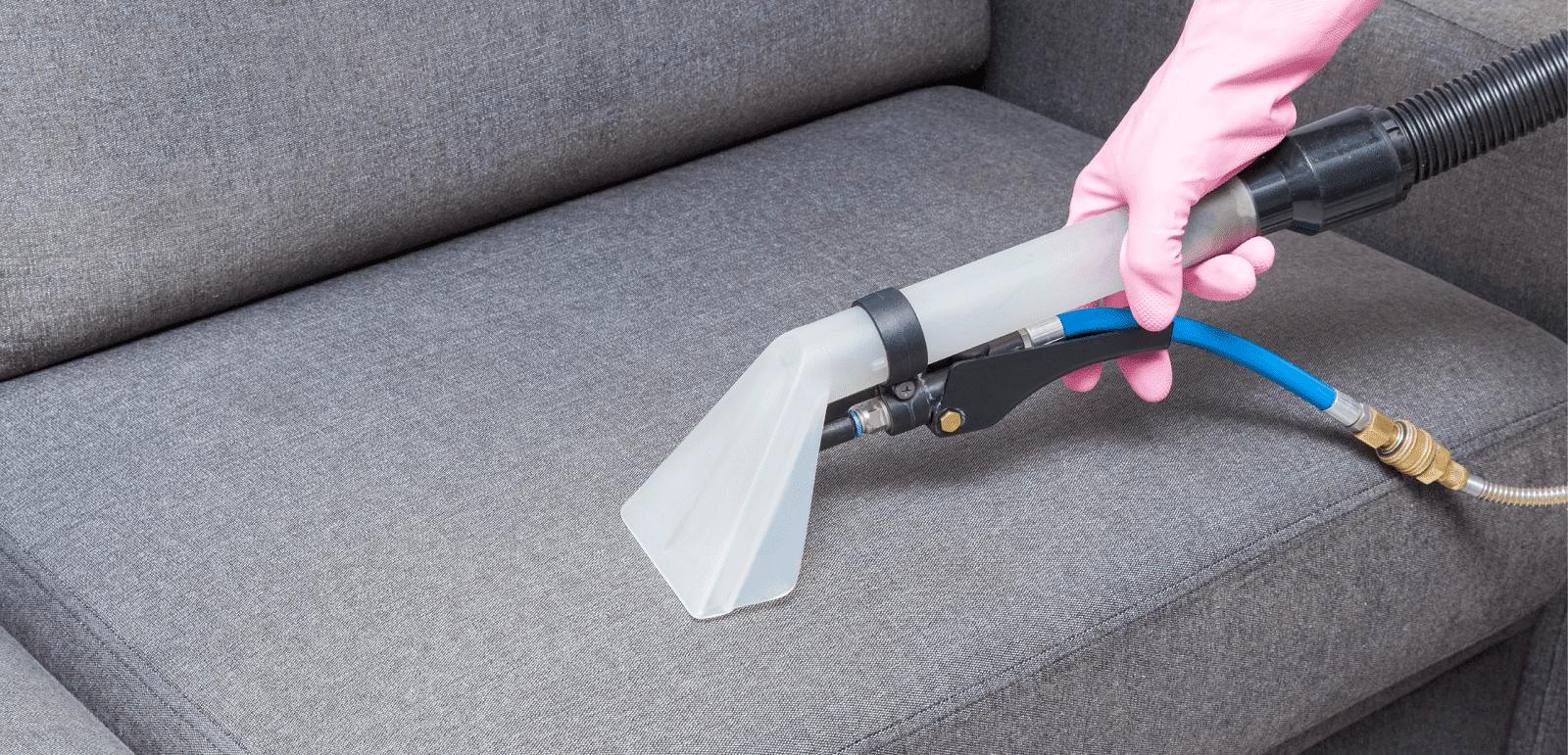 как происходит химчистка мебели