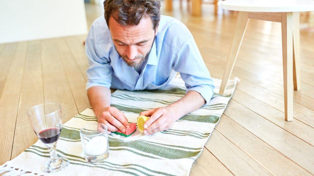 chistka pyatna ot vina Как вывести пятно от вина с обивки мебели и ковровых покрытий